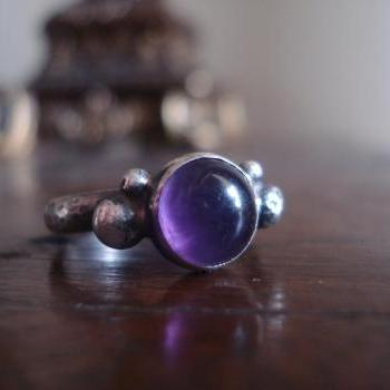 Amethyst ring set in sterling silver, Oxidized sterling silver ring, Custom ring, Amethyst Cabochon ring